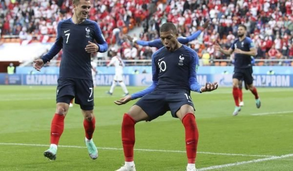 Francja vs Peru